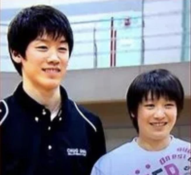 石川真佑選手と兄祐希選手の画像